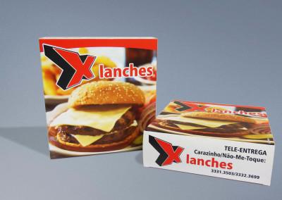 - Caixas de lanches produzidas para Xis Lanches em papel cartão duplex 300g, impressão 4x0 cores, com corte especial, acabamento colado.