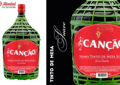 - Rótulos de vinho garrafão 4,6L produzidos para Vinhos Canção em papel couché L1 90g, impressão 2X0 cores,  com corte especial, acabamento em verniz UV total e hot stamping ouro.